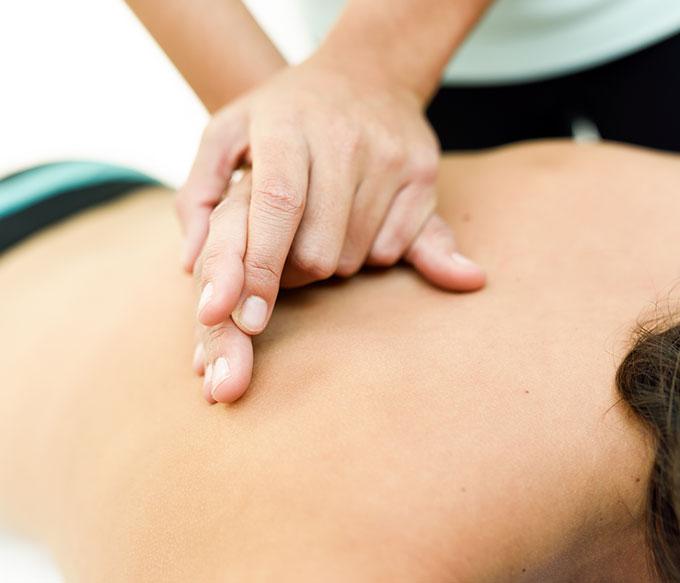 clinica fisioterapia sevilla terapia manual